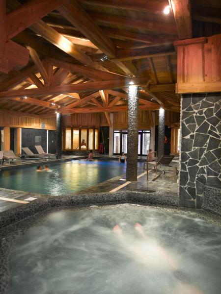 Hotel Pictures: CGH Résidences & Spas Le Hameau De Pierre Blanche, Les Houches
