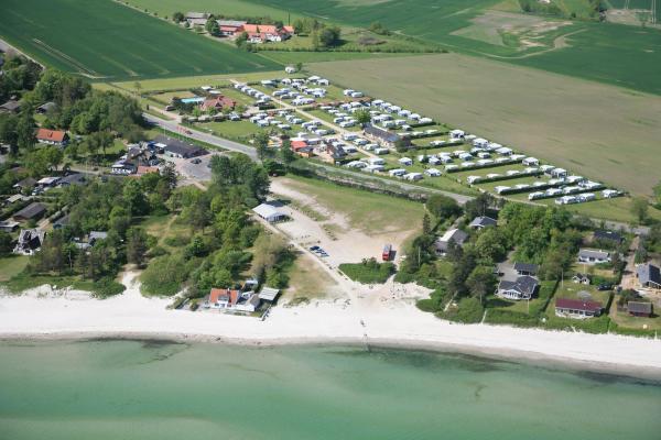 Hotel Pictures: Saksild Strand Camping & Cottages, Odder