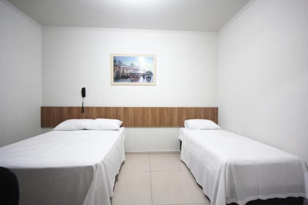 Hotel Pictures: Pousada Esmeralda Olímpia, Olímpia