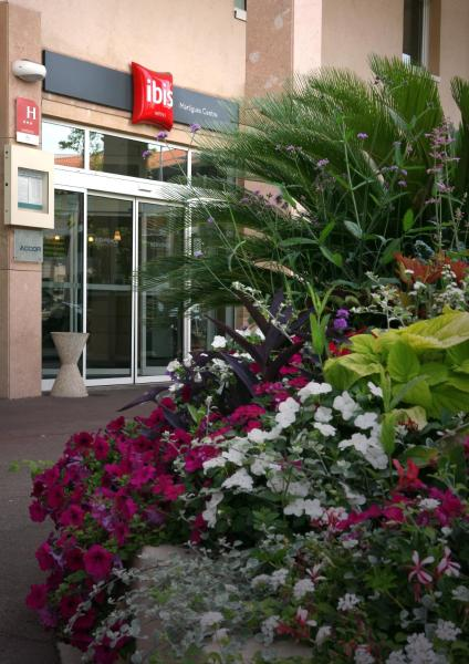 Hotel Pictures: ibis Martigues Centre, Martigues