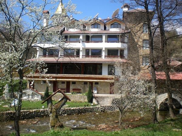 Hotellikuvia: Hotel Paradise Place, Kalofer