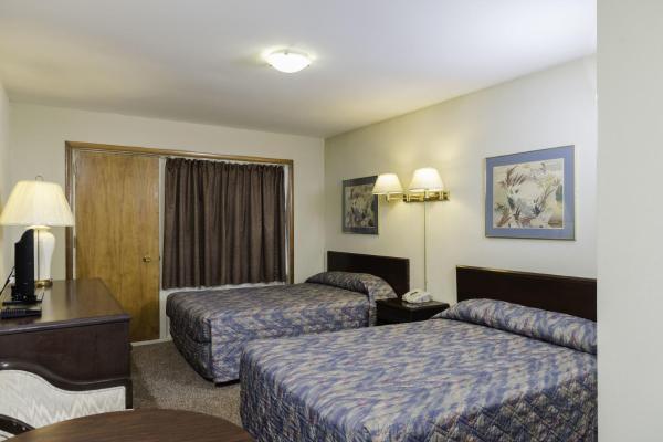 Hotel Pictures: The Cavalier Inn, Winnipeg