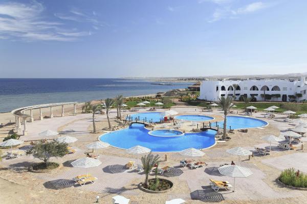 Hotel Pictures: The Three Corners Equinox Beach Resort, Abu Dabab