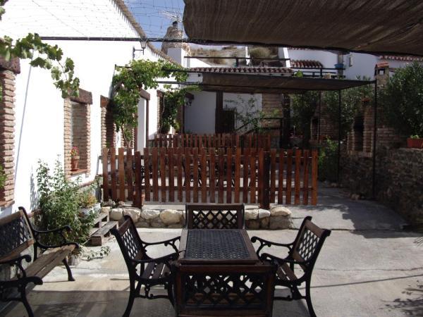 Hotel Pictures: Cuevas Rio Baza, Baza