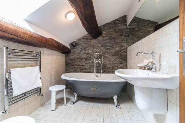 Hotel Pictures: Apartamentos Rurales Sierra, Palacio de Naviego