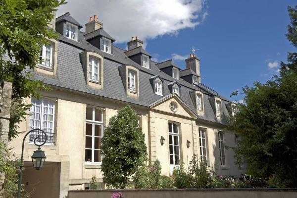 Hotel Pictures: Hôtel d'Argouges, Bayeux