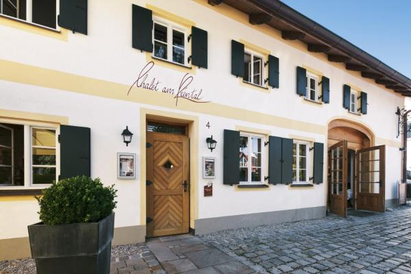 Hotel Pictures: Romantik Hotel Chalet am Kiental, Herrsching am Ammersee