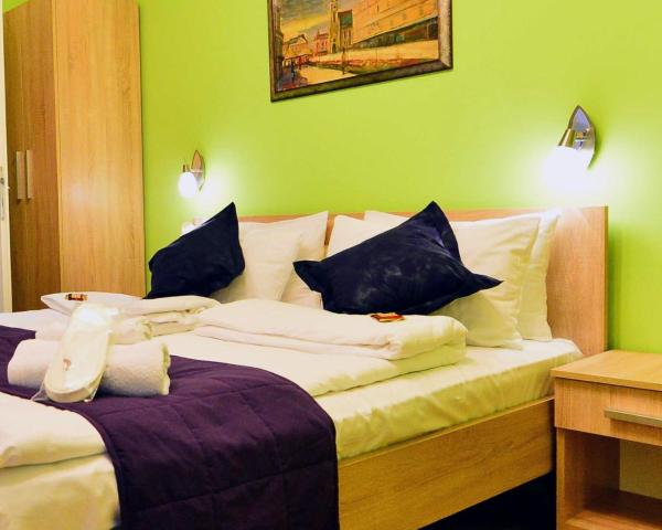 Foto Hotel: Guest Accommodation TAL Centar, Novi Sad