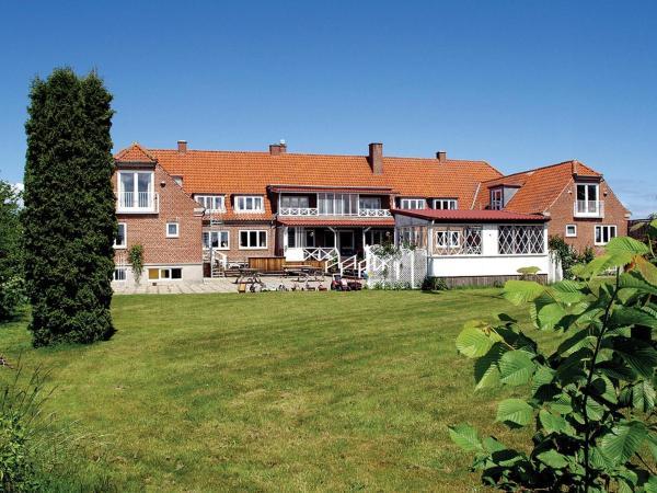 Hotel Pictures: Hotel Lolland, Nørreballe