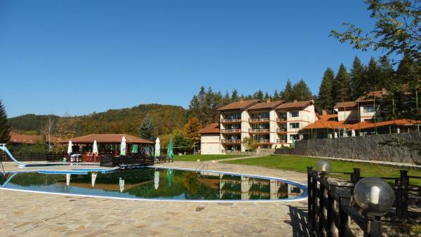 ホテル写真: Hotel Apriltsi, Apriltsi