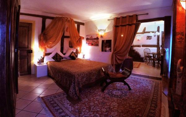 Hotel Pictures: Au Nid de Cigogne, Zellenberg