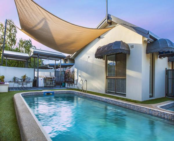 Hotellikuvia: Townsville Holiday Apartments, Townsville