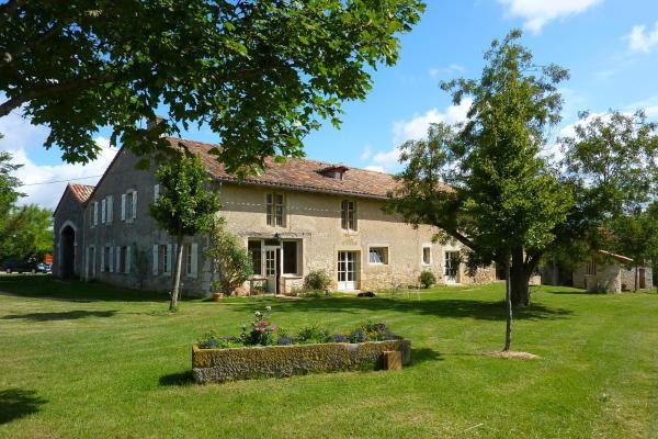 Hotel Pictures: Les Granges Tourondel, Bruniquel