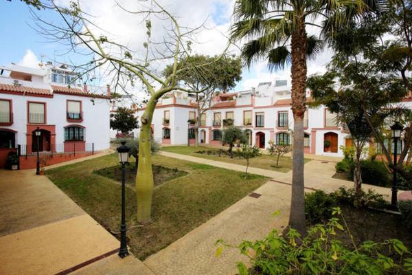 ホテル写真: Hospederia V Centenario, エステポーナ