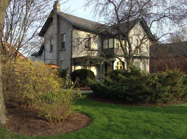 Hotel Pictures: Legacy House Bed and Breakfast, Stratford