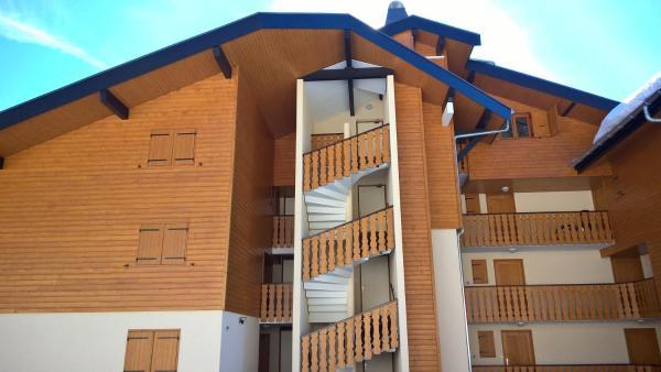 Hotel Pictures: 3 Bedrooms Penthouse Les Iris, Le Biot