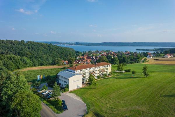 Hotel Pictures: Seehotel 'Zur Hopfenkönigin', Spalt