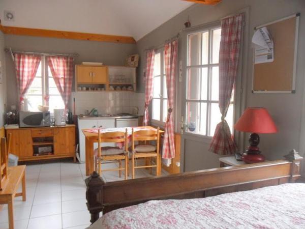 Hotel Pictures: Gites - chambres d'hôte - roulottes - du Ternois, Saint-Pol-sur-Ternoise