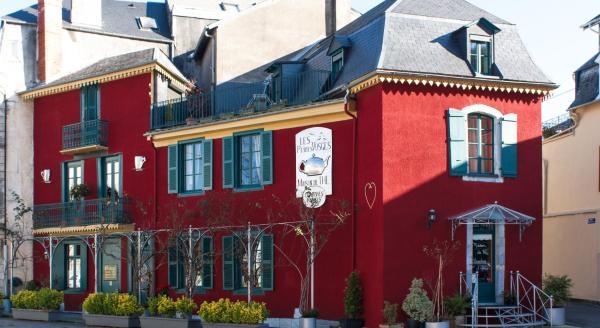 Hotel Pictures: Les Petites Vosges, Bagnères-de-Bigorre