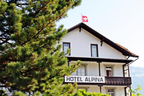 Hotel Pictures: Alpina Hotel, Interlaken