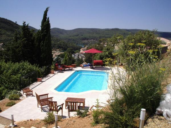 Hotel Pictures: Villa Esparron du lac, Esparron-de-Verdon