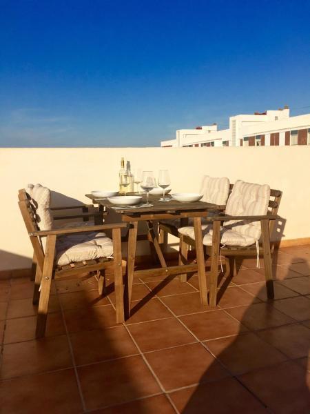 Hotel Pictures: Apartamentos Sagunto, Puerto de Sagunto