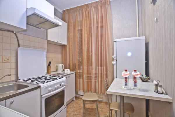 Two-Bedroom Apartment - Gruzinsky Val 28/45