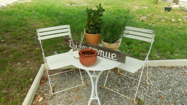 Hotel Pictures: Gites Ferme Ollivier, Barret-sur-Meouge