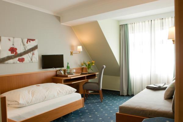 Hotel Pictures: Landhotel Zur Bretzel, Babenhausen