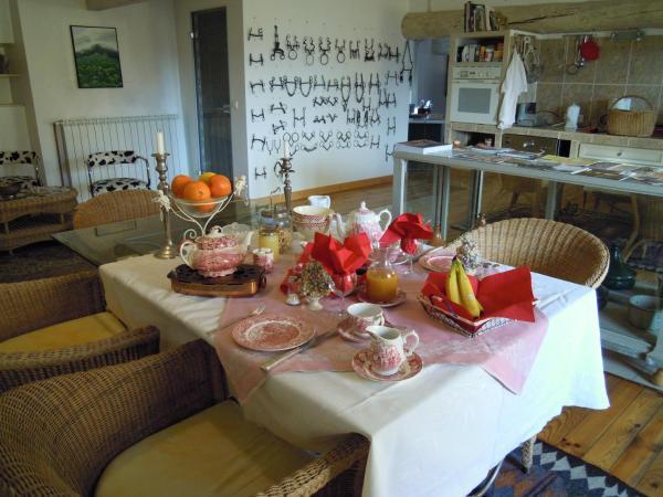 Hotel Pictures: Chez Christel, Apt