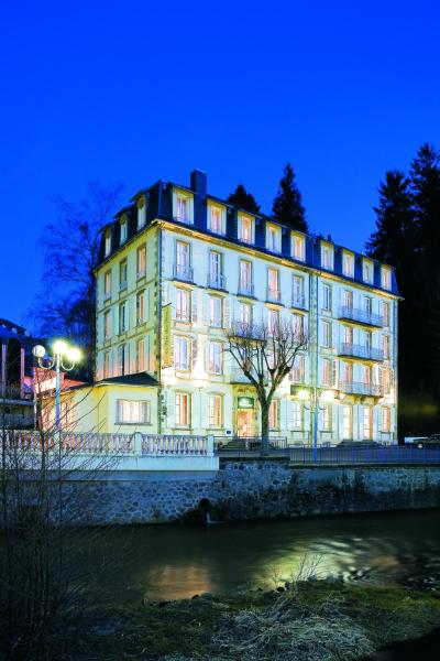 Hotel Pictures: Le Parc Des Fees, La Bourboule