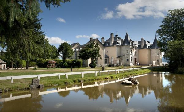 Hotel Pictures: Le Château D'orfeuillette, La Garde