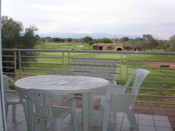 Hotel Pictures: Montero VIII by Golfinc, Sant Jordi