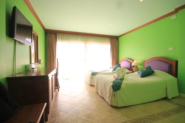 Standard Twin Room Hill Side