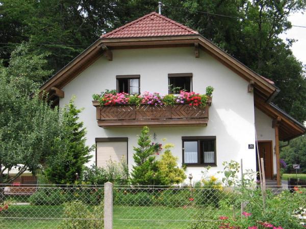 Hotellikuvia: Maria's Ferienwohnung, Laakirchen