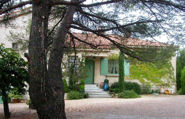 Hotel Pictures: Le Castelas, Aurons