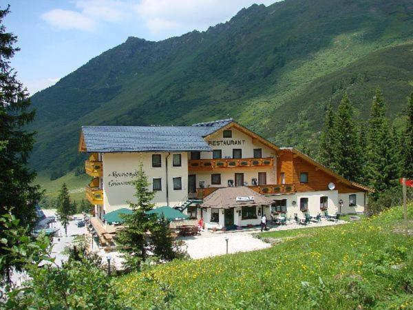 Fotos de l'hotel: Alpengasthof Grimmingblick, Donnersbach