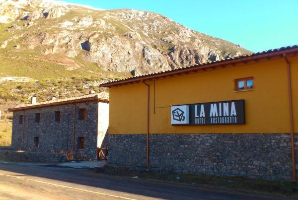 Hotel Pictures: La Mina, Isoba