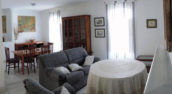 Hotel Pictures: Casa Del Aljibe, Prado del Rey