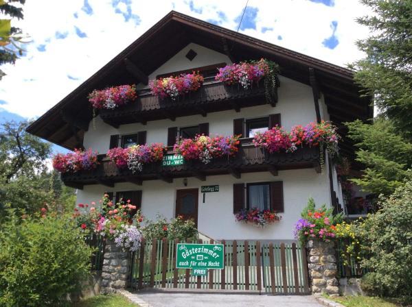 Foto Hotel: Anni Kiechl - Gästehaus, Tarrenz