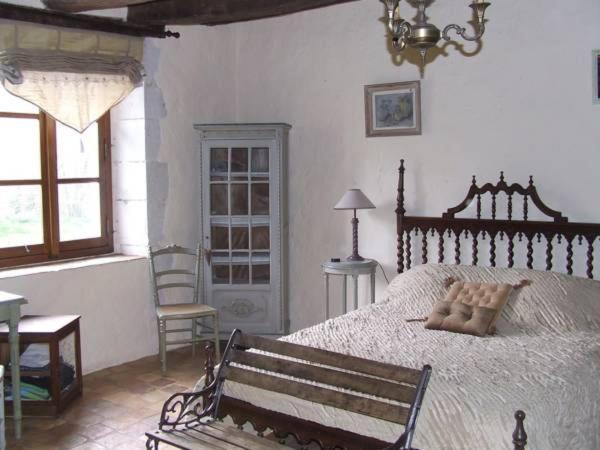 Hotel Pictures: Gîte de charme La Forge, Preuilly-sur-Claise