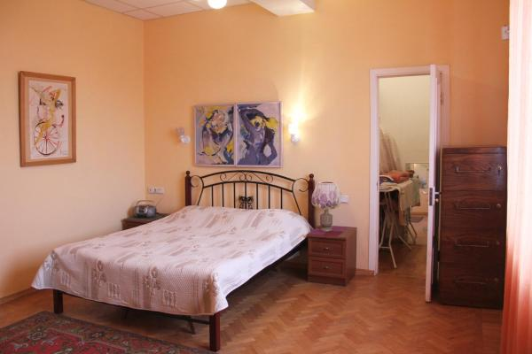 Hotel Pictures: Central Apartment, Yerevan