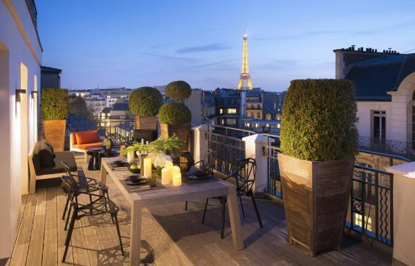 Hotel Pictures: Hotel Marignan Champs-Elysées, Paris