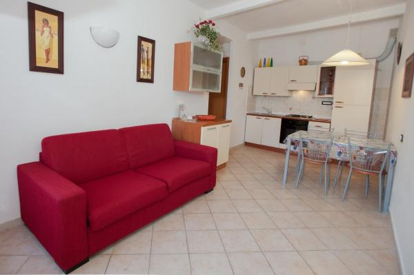 One-Bedroom Apartment with Balcony - Separate Building