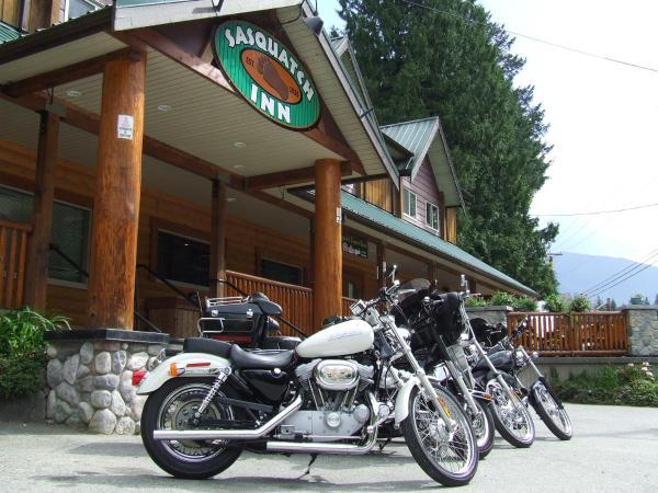 Hotel Pictures: Sasquatch Inn, Harrison Mills