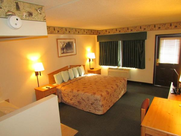 King Suite with Spa Bath and Patio