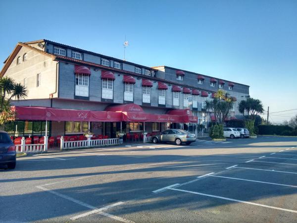 Hotel Pictures: Hotel Restaurante America, Oca