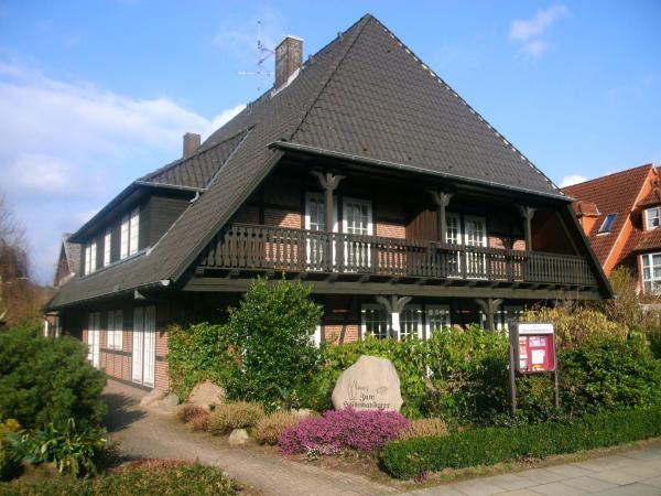 Hotel Pictures: Landhaus Pension Zum Heidewanderer, Bad Bevensen