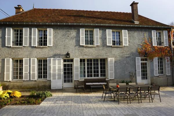Hotel Pictures: Chambre d'hôtes Le Clos St Pierre B&B, Clérey
