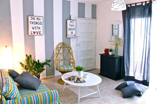 Hotel Pictures: Studio Faustino, La Santa